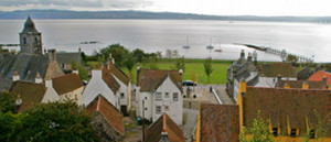 The  rooftops of Culross or Cranesmuir as you'll see on your Outlander tour